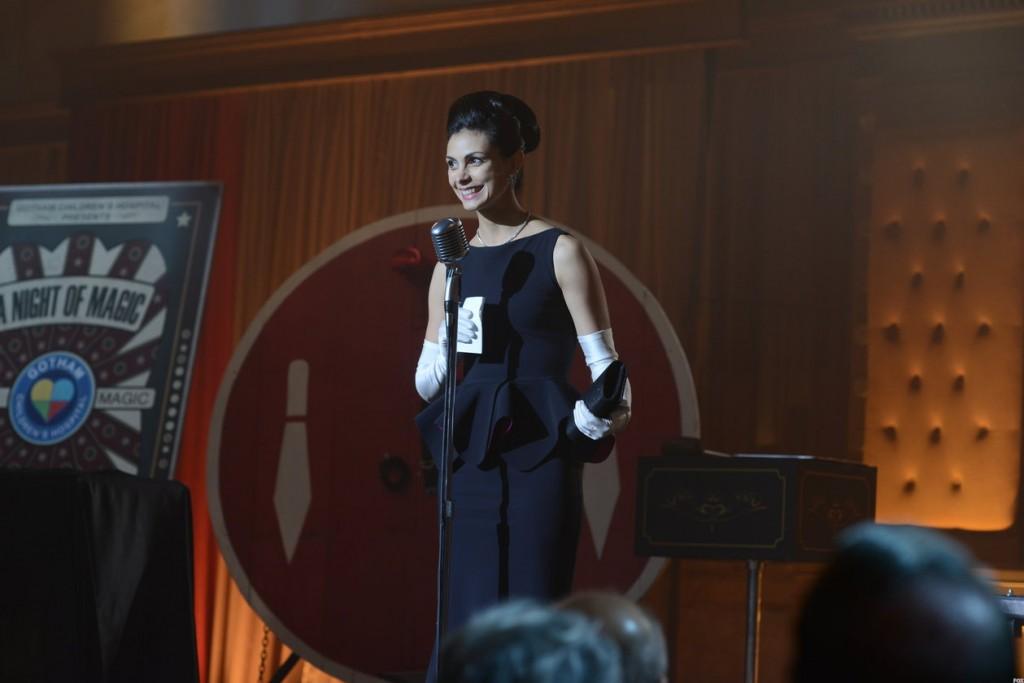 Lee emcees for the annual Gotham Children's Hospital fundraiser.