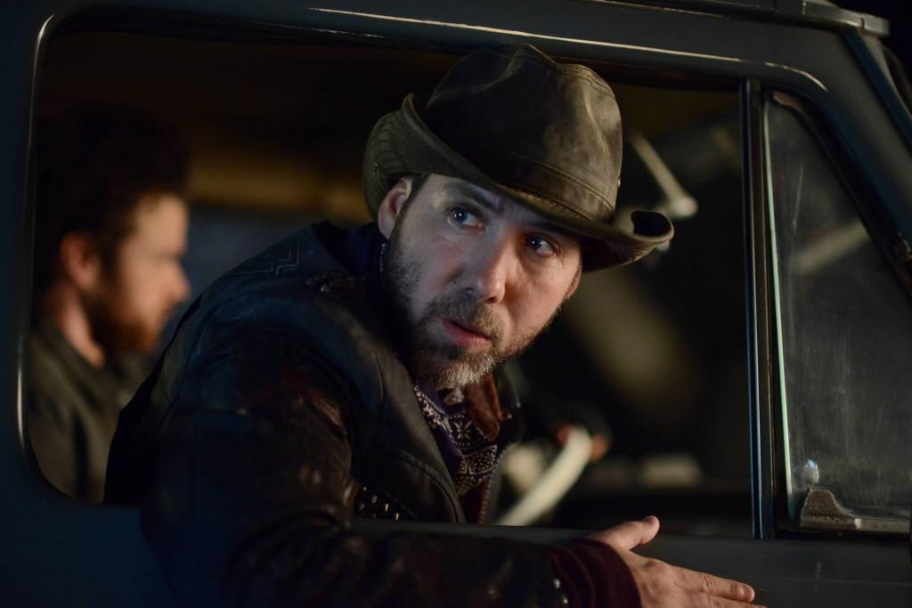 GOTHAM: L-R: Guest star Leo Fitzpatrick in the ÒRise of the Villains: ScarificationÓ episode of GOTHAM airing Monday, Oct. 19 (8:00-9:00 PM ET/PT) on FOX. ©2015 Fox Broadcasting Co. Cr: FOX.