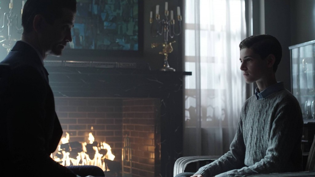 GOTHAM: L-R: James Frain and David Mazouz in the ÒRise of the Villains: TonightÕs the NightÓ episode of GOTHAM airing Monday, Nov. 9 (8:00-9:00 PM ET/PT) on FOX. ©2015 Fox Broadcasting Co. Cr: Nicole Rivelli/FOX.