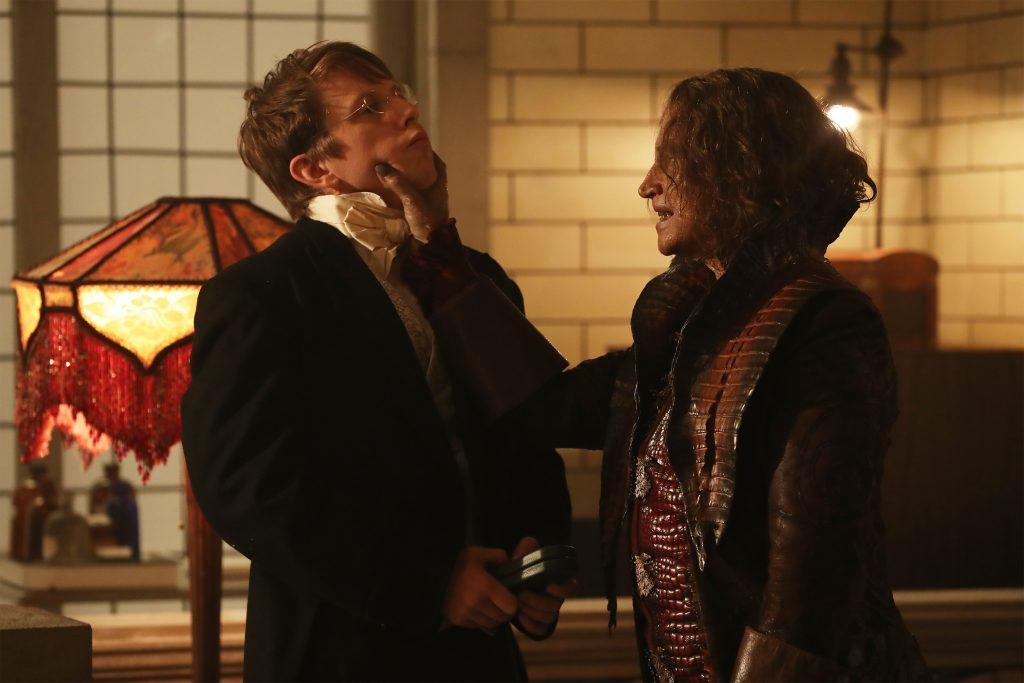Serum or choke slam? What will it be? (ABC/Jack Rowand) HANK HARRIS, ROBERT CARLYLE